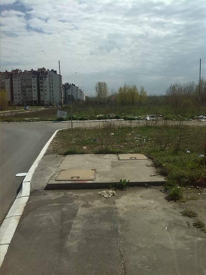 """Зграде с погледом на """"стадион"""" Фото: Београдске.рс"""