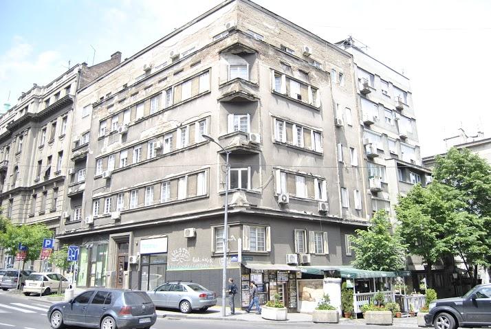 Оронуле фасаде на улазу у Скадарску улицу Фото: Београдске.рс