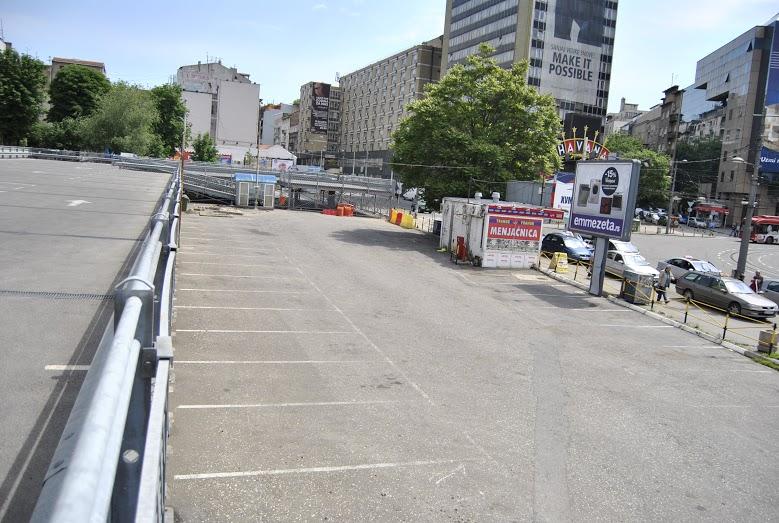 Овде ће ускоро бити саобраћајница Паркинг ЈКП Паркинг сервис Фото: Београдске
